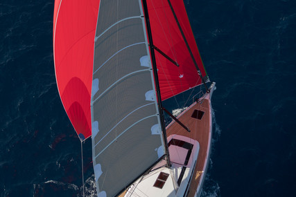Beneteau OCEANIS 51.1 for sale in France for €375,000 (£337,783)