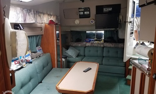 Image of Cruisers Yachts 3370 Esprit for sale in United States of America for $23,750 (£18,098) East Boston, Massachusetts, United States of America