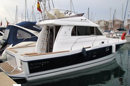 Beneteau Antares 10.80 for sale in Spain for €83,000 (£74,384)