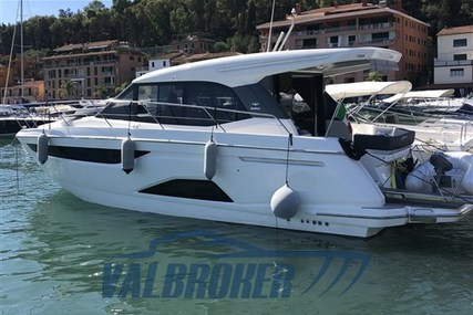 Bavaria Yachts R 40 Coupè for sale in Italy for €339,000 (£283,594)