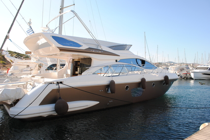Azimut 47 for sale in Greece for €430,000 (£392,300)