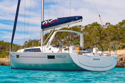 Beneteau Moorings 42.1 for charter in Bahamas from €2,216 / week