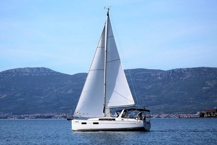 Beneteau Oceanis 35 for sale in Croatia for £103,000