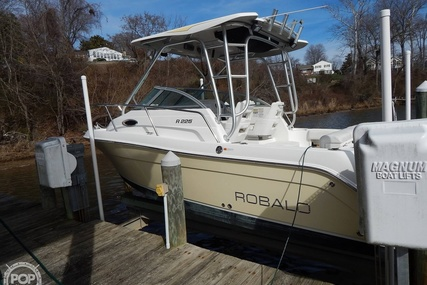 Robalo R225 for sale in United States of America for $44,500 (£36,276)