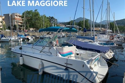 Rinker 26 for sale in Italy for €19,000 (£17,340)