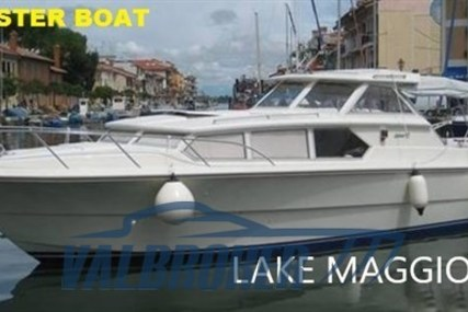 Fjord 32 cabin for sale in Italy for €19,000 (£15,909)