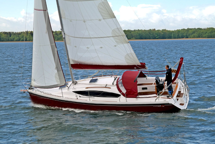 Northman Shipyard Maxus 33.1 RS Prestige + for charter in Poland from €1,050 / week