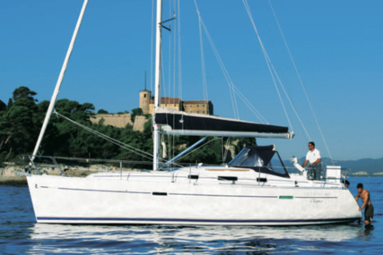 Beneteau Oceanis 343 Clipper for sale in Spain for €65,000 (£58,549)