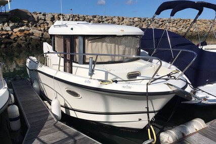 Quicksilver 755 Pilothouse for sale in France for €40,000 (£33,492)