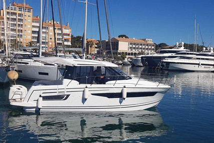 Jeanneau Merry Fisher 895 for sale in France for €106,000 (£88,890)