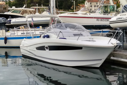 Jeanneau Cap Camarat 8.5 WA for sale in France for €62,500 (£56,022)