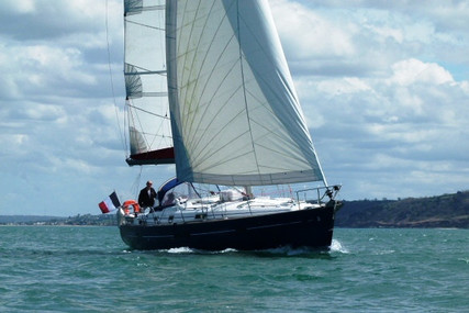 Beneteau Oceanis 411 Celebration for sale in France for €80,000 (£72,310)