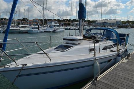 Catalina CATALINA 28 MK II for sale in France for £24,950