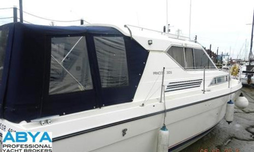 Image of Princess 30 DS for sale in United Kingdom for £27,500 Conyer, Conyer, United Kingdom
