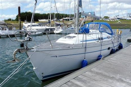 Bavaria Yachts 37 Cruiser for sale in United Kingdom for £49,995