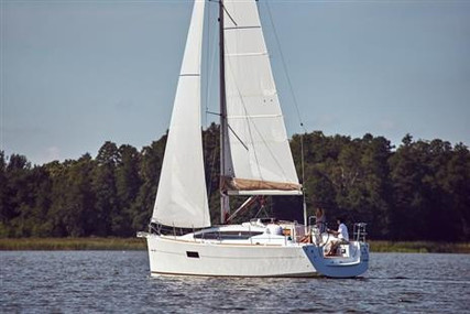 Jeanneau Sun Odyssey 319 for sale in United Kingdom for £111,000