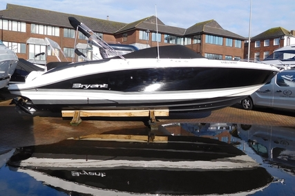 Bryant 268 Bow Rider for sale in United Kingdom for £32,950