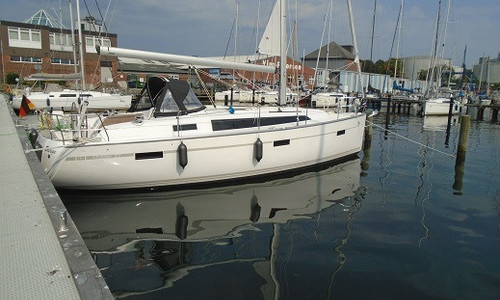 Image of Bavaria Yachts 37 Cruiser for sale in Germany for €152,500 (£136,651) Breege, Breege, Germany