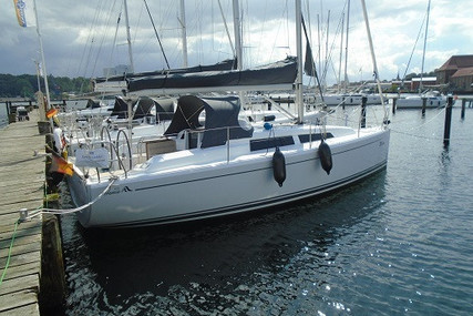 Hanse 315 for sale in Germany for €109,000 (£98,189)