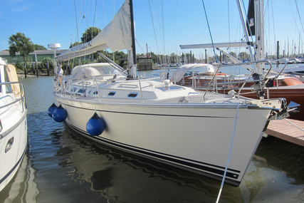 Hanse 411 for sale in Germany for €89,000 (£80,192)