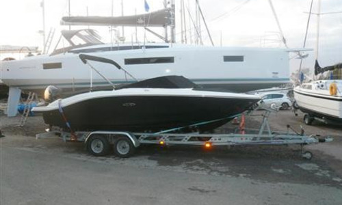 Image of Sea Ray 210 SPX for sale in United Kingdom for £50,500 Brightlingsea, Brightlingsea, United Kingdom