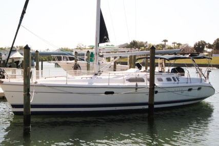 Hunter 460 for sale in United States of America for $150,000 (£120,980)