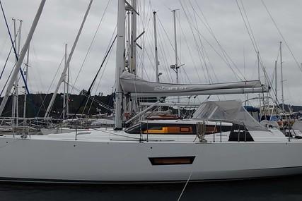 Elan Elan GT5 for charter in Chili from $8,050 / week