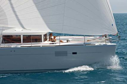 Lagoon 450 for charter in Antigua from €4,465 / week