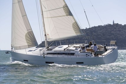 DUFOUR YACHT Dufour 430 for charter in French Riviera from €1,365 / week