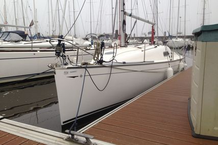 Jeanneau Sun 2500 for charter in Charente from €645 / week