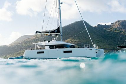 Lagoon 52 F for charter in Grenada from €8,100 / week