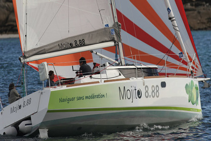 IDBMARINE Mojito 888 for charter in Brittany from €1,130 / week