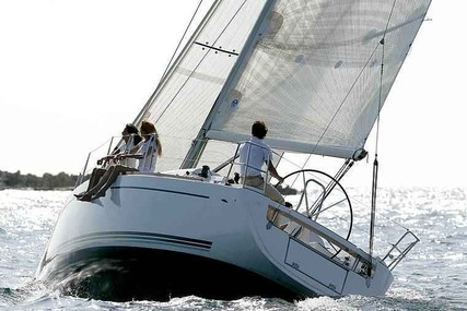 Dufour Yachts 34 Ev for charter in Brittany from €1,130 / week