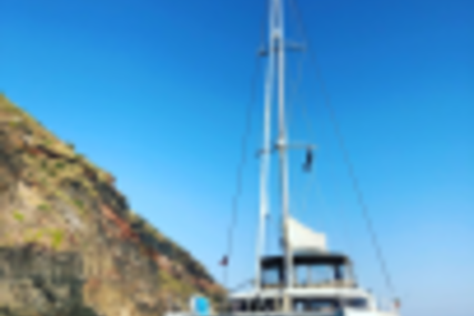 Lagoon 450 for charter in Italy (Sicily) from €7,500 / week