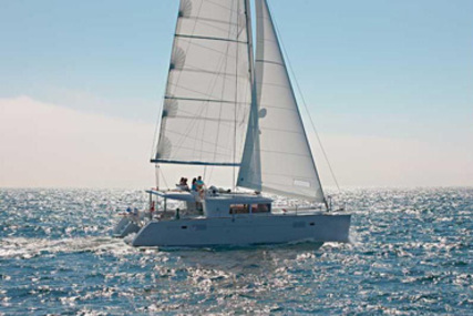 Lagoon 450 for charter in Guadeloupe from €3,775 / week