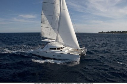 Lagoon 380 for charter in Australia from €4,200 / week