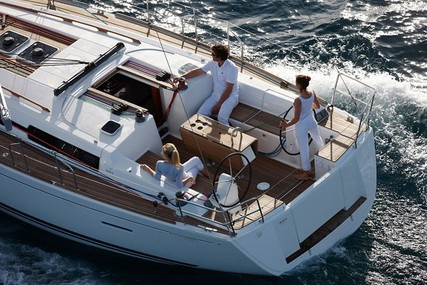Dufour Yachts Dufour 405 Grand Large for charter in Antigua from €1,670 / week
