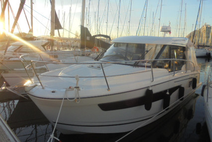 Jeanneau Merry Fisher 895 for sale in France for €119,000 (£104,475)