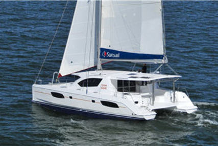 Leopard Leopard 44 for charter in Italy (Sicily) from €4,400 / week