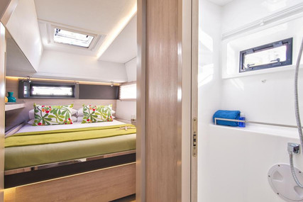 Leopard Leopard 45 for charter in Italy (West Coast) from €5,459 / week