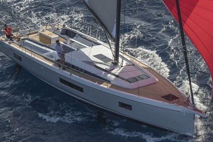 Beneteau OCEANIS 51.1 for charter in Italy (Sicily) from €4,295 / week