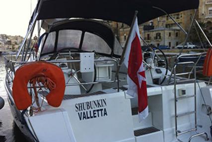 Beneteau Oceanis 40 for charter in Malta from €2,200 / week