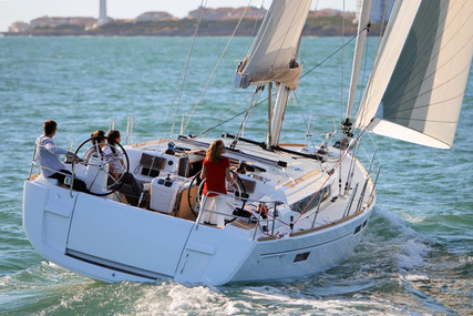 Jeanneau Sun Odyssey 479 for charter in Italy (Tuscany) from €2,800 / week