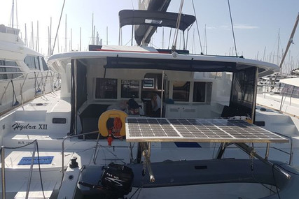 Lagoon 450 for charter in Greece from €4,500 / week