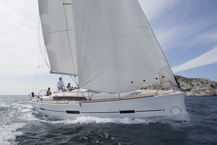 Dufour Yachts 410 Grand Large for charter in Azores from €2,300 / week