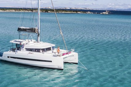 Bali Catamarans BALI 4.1 for charter in Corsica from €6,900 / week