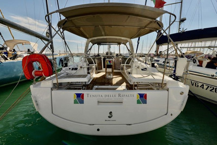 Benetau Yachts Oceanis 41.1 for charter in Italy (Tuscany) from €2,500 / week
