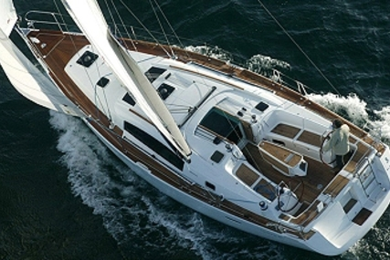 Beneteau Oceanis 40 for charter in Greece from €1,300 / week