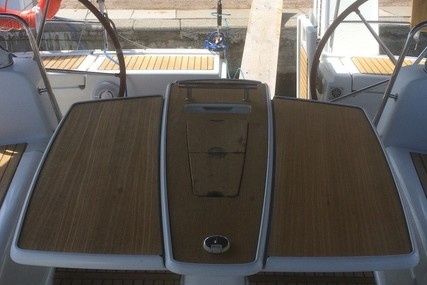 Beneteau Oceanis 50 for charter in Italy (Sicily) from €2,010 / week