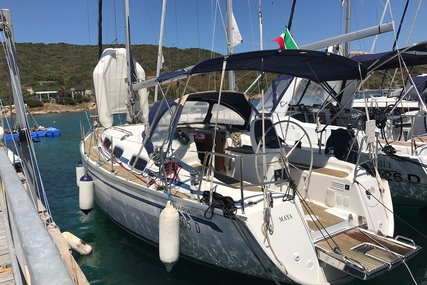 Bavaria Yachts 31 Cruiser for charter in Italy (Sardinia) from €1,350 / week